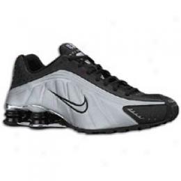 Nike Men'ss Shox R4