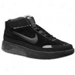 Nike Me'ns Shox Spotlight
