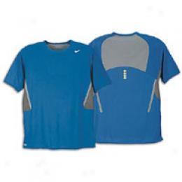 Nike Men's Sphere React Grow ~ Tailwind Top