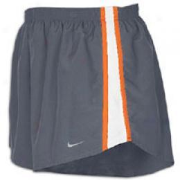 Nike Men's Tempo 4