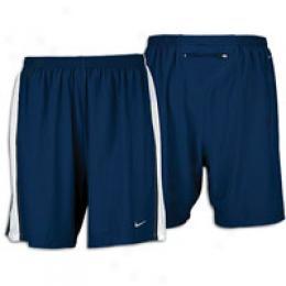 Nike Men's Tempo 7
