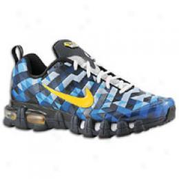 Nike Men's Tuned 10