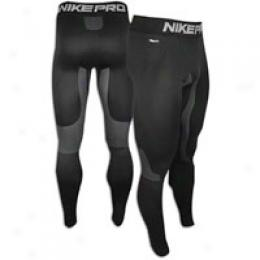 Nlke Men's Ultimate Thermal Tight