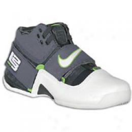 Nike Men's Zoom Soldier