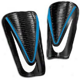 Nike Mercurial Alpha Lite Shinguard