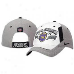 Nike National Bowl Champs Lockerroom Acme