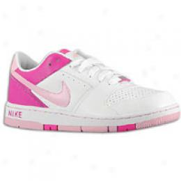 Nike Prestige Low - Big Kids