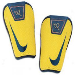 Nike Ronaldinho Shinguard