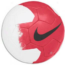 Nike Rooney Socecrball Sz 5