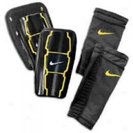 Nike T9 0Custom Moldable Guard