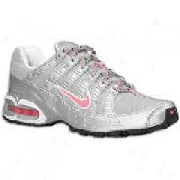 Nike Women's Air Max Torch Ii
