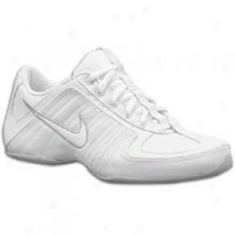 Nike Women's Air Musique Cheer