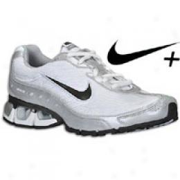 Nike Women's Air Refresh + 2