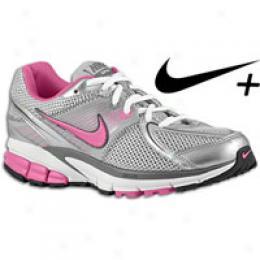 Nike Women's Air Span + 6