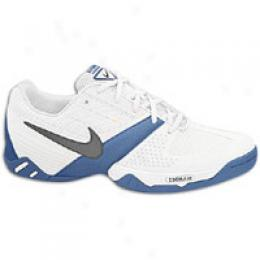 Nike Women's Air Zoom Feather Ic