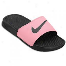 Nike Women's Benassi Swoosh