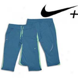 Nike Women's + Capri