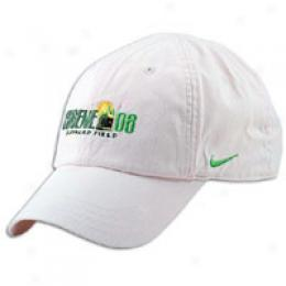 Nike Women's Eugene 08 Performance Cap