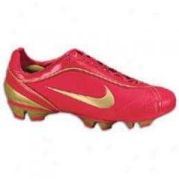 Nike Women'sF irst2 Pro Fg