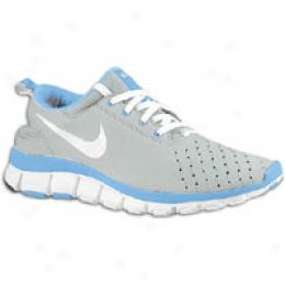 Nike Women's Free 5.0 V3