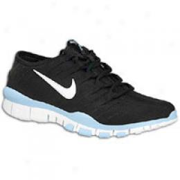 Nike Women's Free Electro 7.0.3