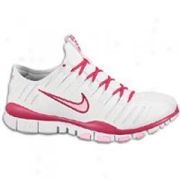 Nike Women's Free Trainer 7.0.3