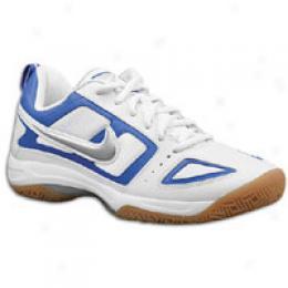 Nike Women's Multicourt 7