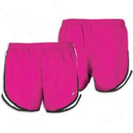 Nike Women's New Tempo Tfck Short