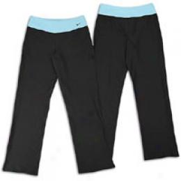 Nike Women's Perfect Fit Pant