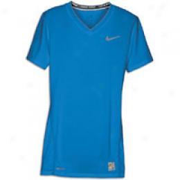 Nike Women's Pro Tight Shortsleeve