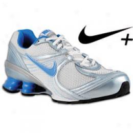 Nike Women's Shox Navina + 3