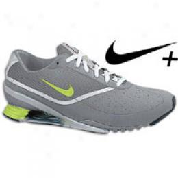 Nike Women's ShoxP ursuit +