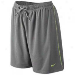 Nike Women's Sparq Base Trqining Short