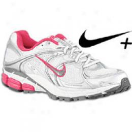 Nike Women's Zoom Equalon + 3