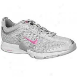 Nike Women's Zoom Trainer Essential