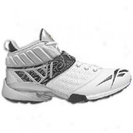 Reebok Men's Bulldodge Mid Turf