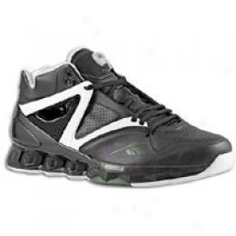 Reebok Men's Pump Omni Hex Player