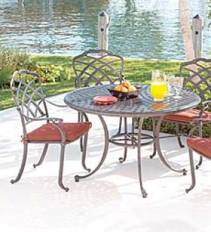 Belle Haven Oval Table And Six Chairs