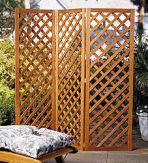 Folding  Lattice Privacy Screen