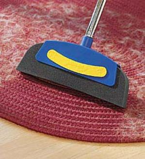 Magnet Broom