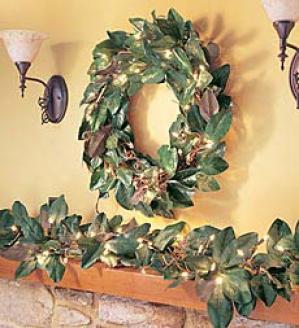 Pre-lit Magnolia Wreath