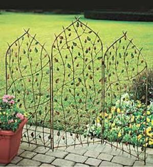 Three-panel Vine Trellis