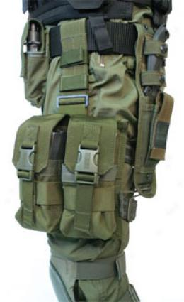Blackhawk® Omega Elite M16 Drop Leg 4 Magazine Carrier