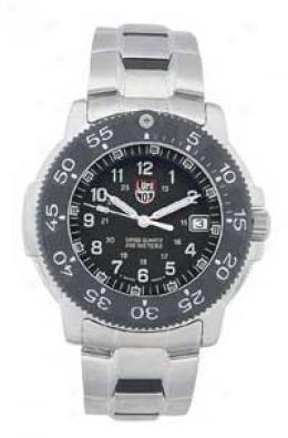 Luminox® Carbon Fiber Bezel 200 Meter Dive Watch
