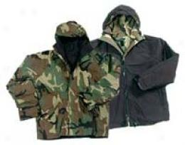 Stashable™ Reversible Gore-tex® Fabric Parka Woorlanx To Black